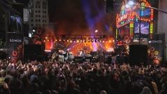"Dave Grohl, John Fogerty and Sound City Players Perform ""Fortunate Son"""