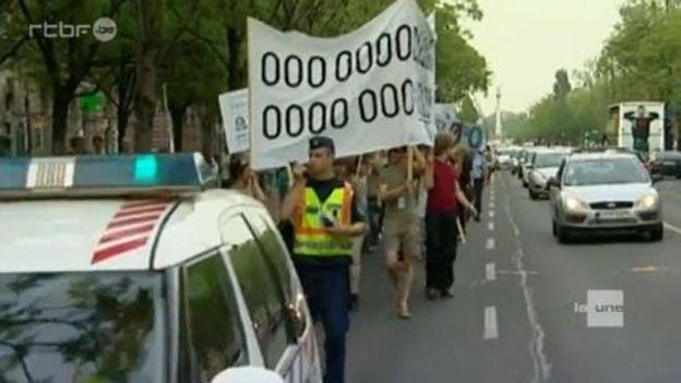 Manifestation d'artistes dans les rues de Budapest